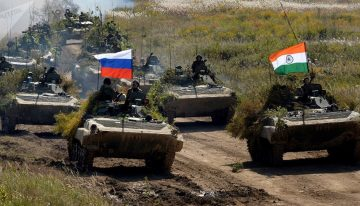 India has vast arsenal of Russian-made weapons & seeks to expand it
