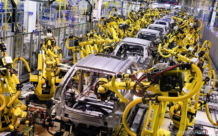 Maruti cuts vehicle production by around 21% in March