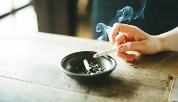 Tobacco intake caused 90% deaths due to cancer