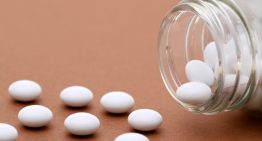 Common antidepressants interact with opioid med to lessen pain relief