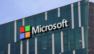 Microsoft shows off holographic storage device