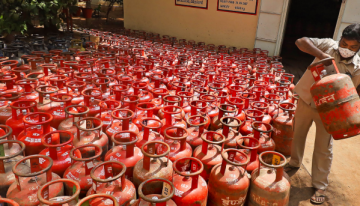 By March, CSC plans to establish 1 lakh LPG distribution centres in rural areas; 21,000 are already operational.